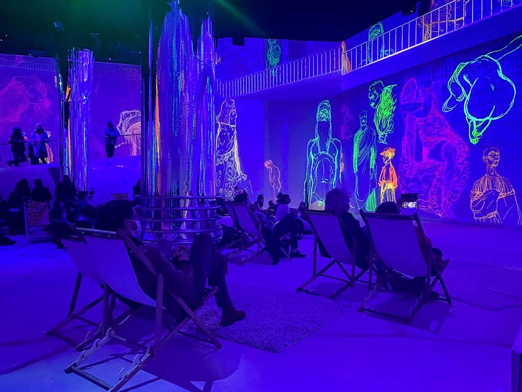 le show mapping vidéo à 360 degrés nous emmène dans l'unviers de Gustacv Klimt à l'expo immersive de Bruxelles